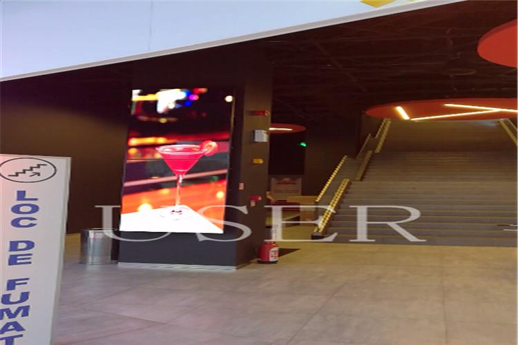 Romania shopping mall 2x1 65 inch lcd video wall 01